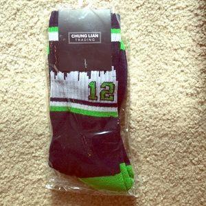 Accessories - Seahawks skyline 12 socks!